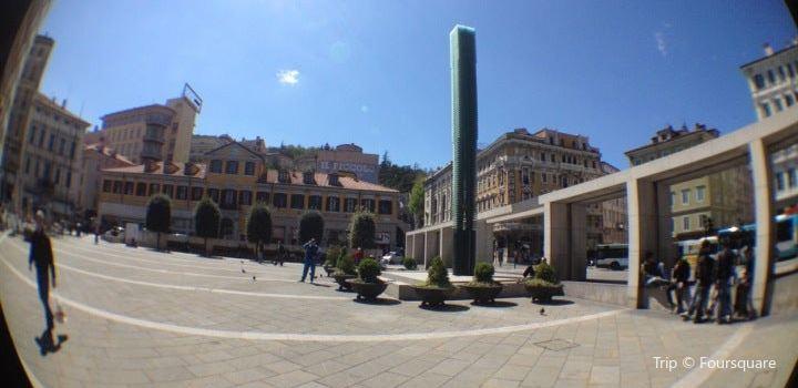 Piazza Goldoni1