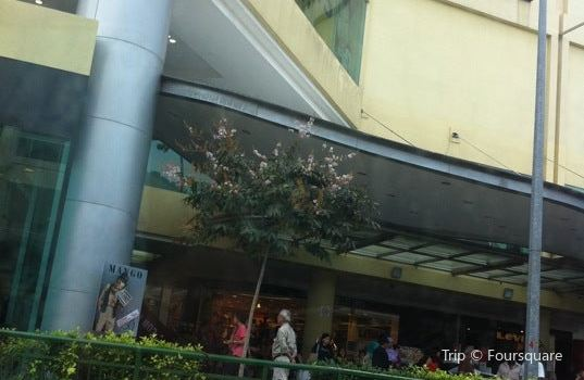 Tampines Mall travel guidebook –must visit attractions in