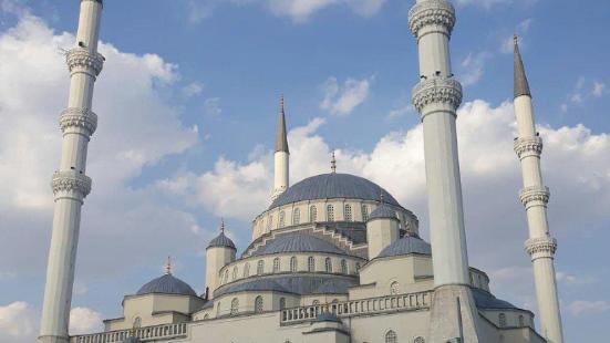 Kocatepe Mosque (Kocatepe Camii)