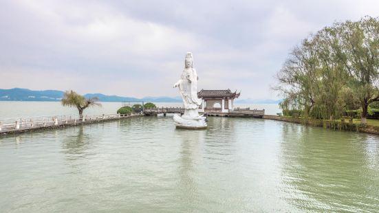 東錢湖小普陀