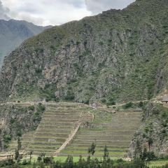 Plaza Ollantaytambo User Photo