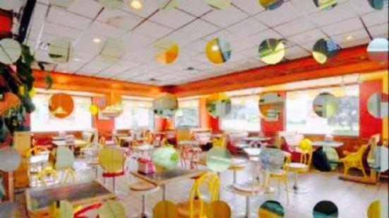 Lick's Ice Cream & Burger Shop