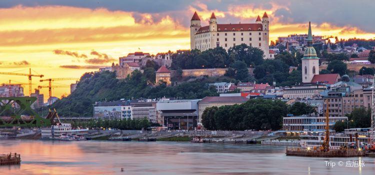Bratislava Castle3