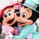 東京迪士尼樂園/海洋門票+單程巴士票