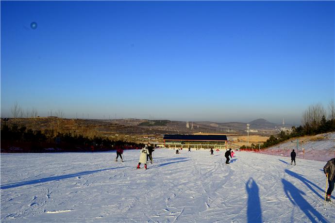海蘭江滑雪場