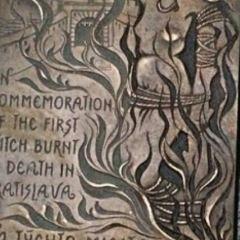 女巫焚燒紀念牌用戶圖片