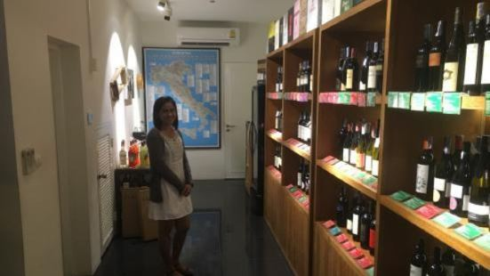Luca Cinì - A wine story
