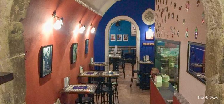 Las Adelitas (Malé náměstí Store)2