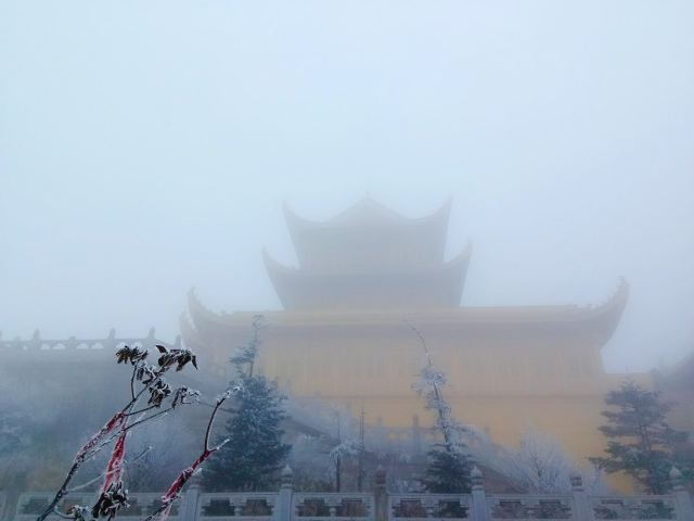 禮佛樂山峨眉,冬遊渝蜀慢城