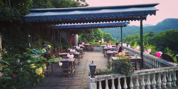 依山依市美景餐廳1