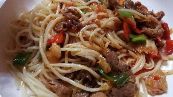 寶地拉麵饢炕烤肉王