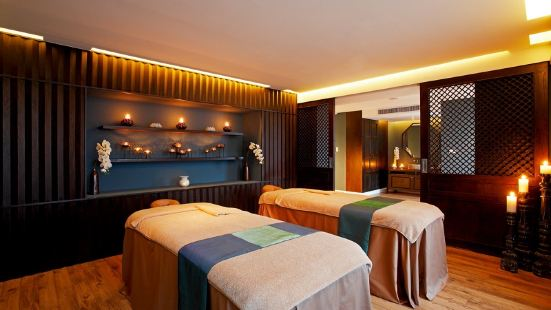 Cenvaree Spa Centara Blue Marine