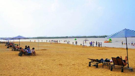潘安湖金沙灘水樂園