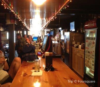 Cedar Tavern1
