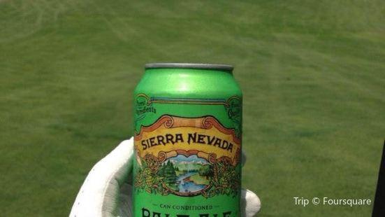 Fox Den Golf Course