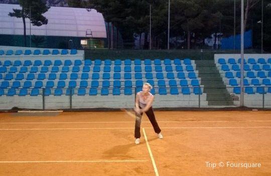 Tennis center Makarska2