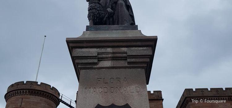 Flora MacDonald Statue2