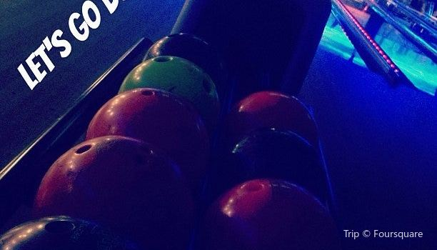 Lets Go Bowling3