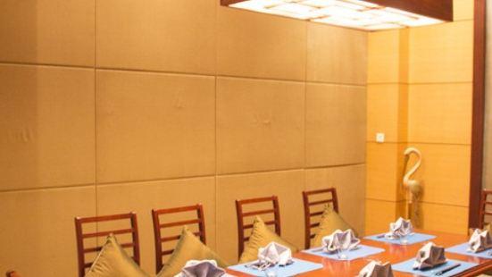 亞洲論壇大酒店·韓式鐵板燒自助餐