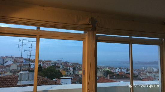 Lisbon Vespa Rentals