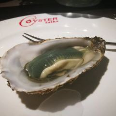 Oyster Talks  ( Gong Ti ) User Photo