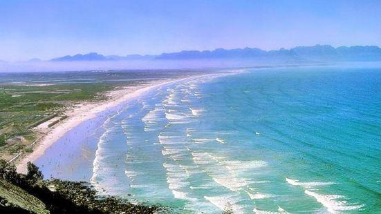 默克白色海灘