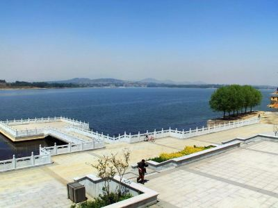 Wenchang Lake South Mountain Tourism Scenic Area