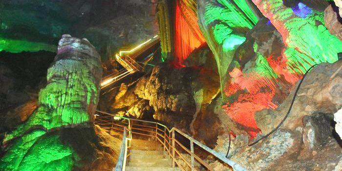 Yanmei Ancient Cave1