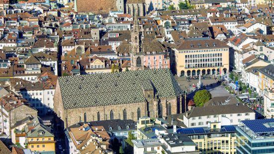 博爾紮諾大教堂