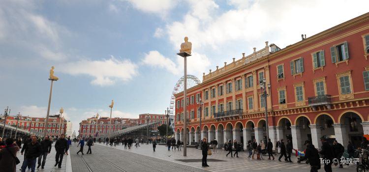 Place Masséna3