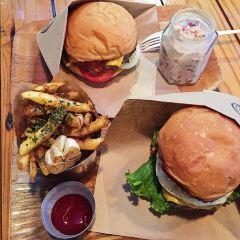 Burger Bro's User Photo