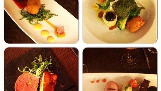 Looks Restaurant