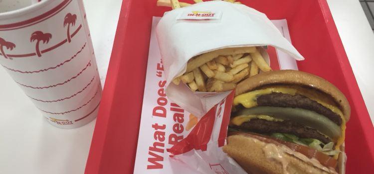 In-N-Out Burger (4888 Dean Martin Dr)2