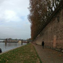 Garonne User Photo