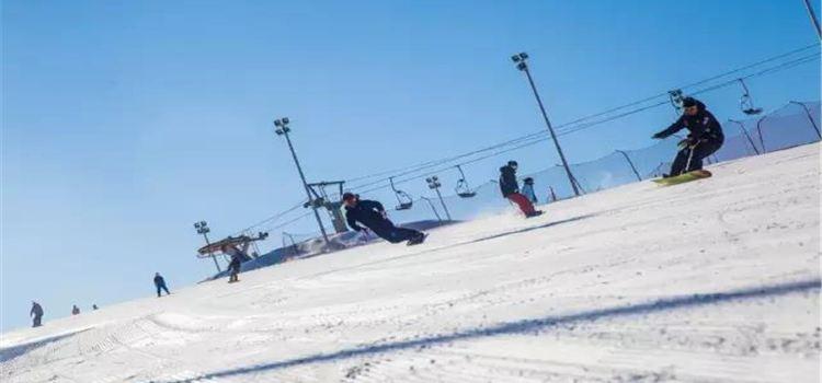 黃家溝滑雪場1