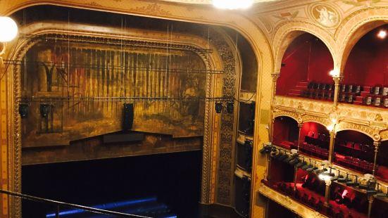 シャトレ、パリ音楽劇場