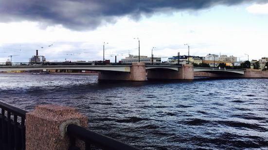 Grenadier Bridge