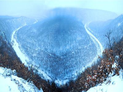錦河大峽谷