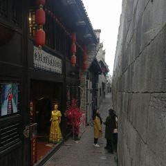 동서 거리 여행 사진