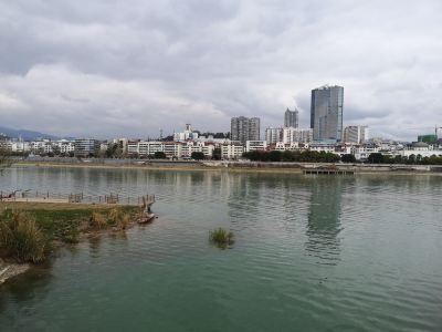 棲鳳湖風景區