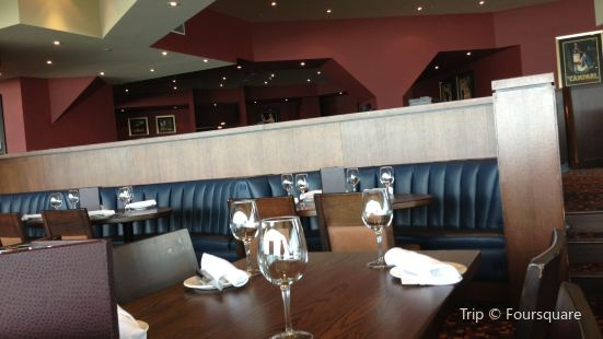 The Keg Steakhouse + Bar Fallsview Embassy Suites