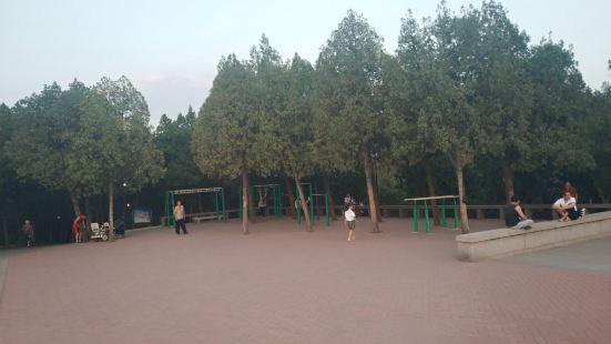 Yingxiong Mountain Scenic Spot