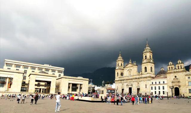 玻利瓦爾廣場