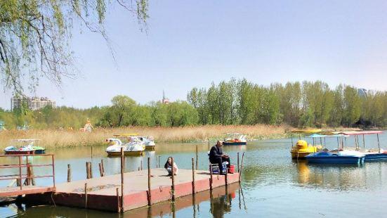 雙月湖公園