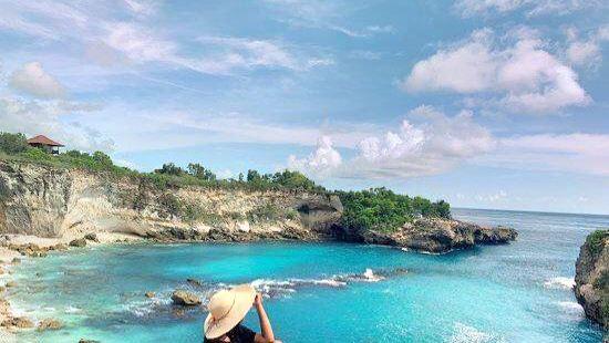 Blue Lagoon Cliff Jump