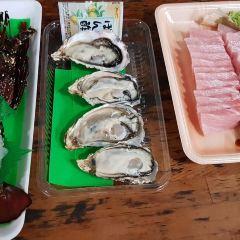 토마리 이유마치수산시장 여행 사진