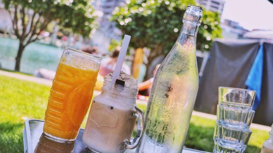 Karaka Cafe
