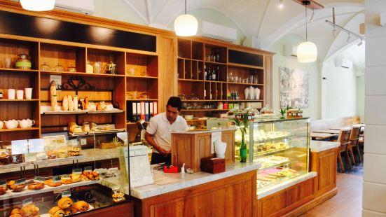 The Shop 102
