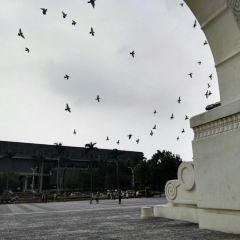 자유 광장 아치 여행 사진