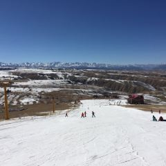 Qilian Mountain International Ski Field User Photo